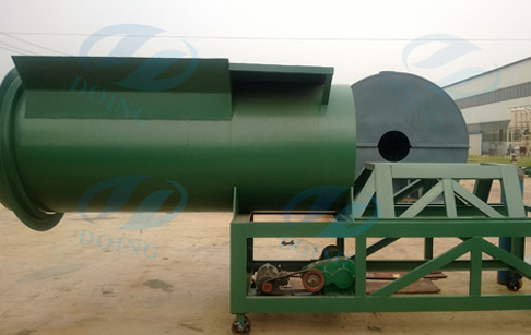Auto-feeder for waste tire recycling machine