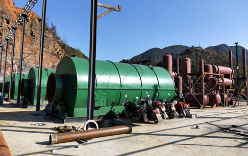 4 sets of 12T waste tire recycling to oil plant installed in Guizhou, China