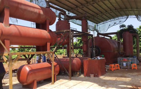 Waste tire to fuel oil pyrolysis machine